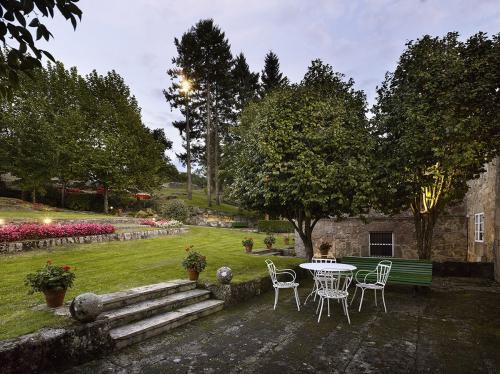 porche-exterior-jardines